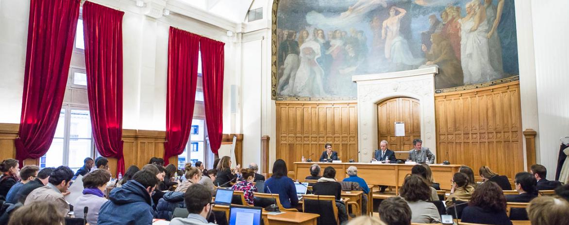 Salle des Conseils, centre Panthéon